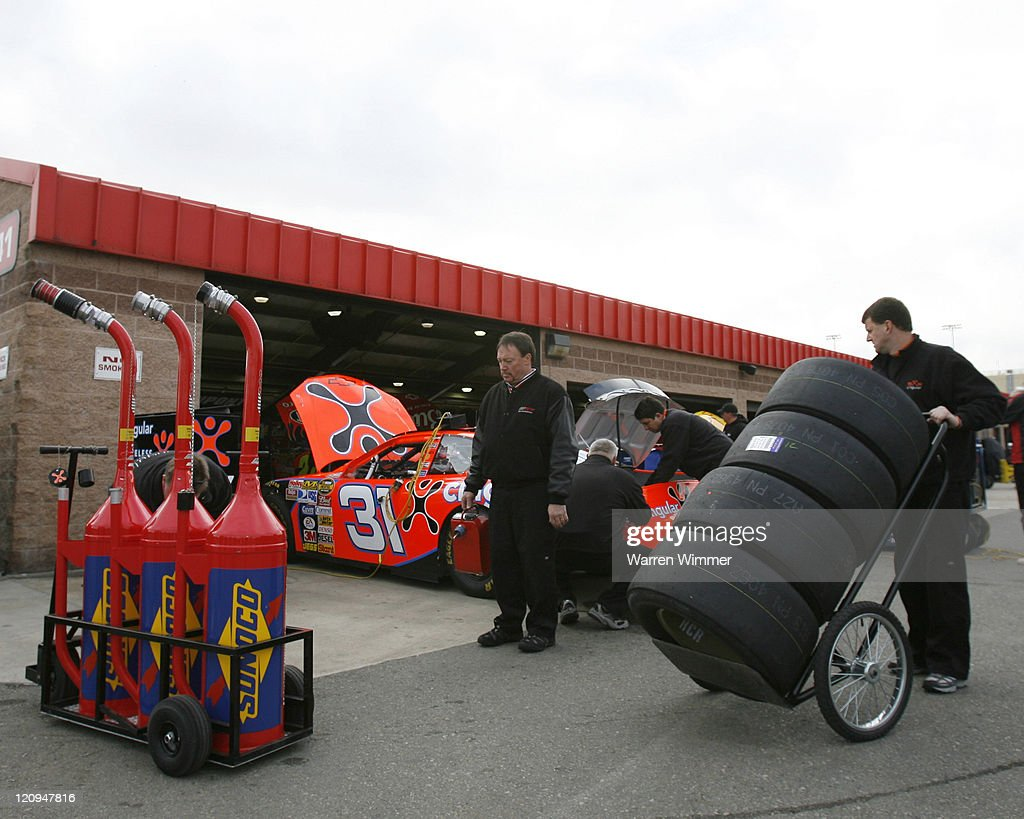 NASCAR - Nextel Series - Auto Club 500 - February 25, 2007