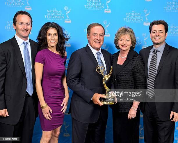 Jeff Cohn Jennifer Cohn Al Michaels Lifetime Achievement Emmy Award recipient Linda Michaels and Steve Michaels attend the 32nd annual Sport Emmy...