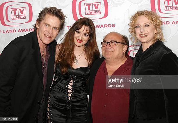 Jeff Conaway and Vikki Lizzi Danny DeVito and Carol Kane