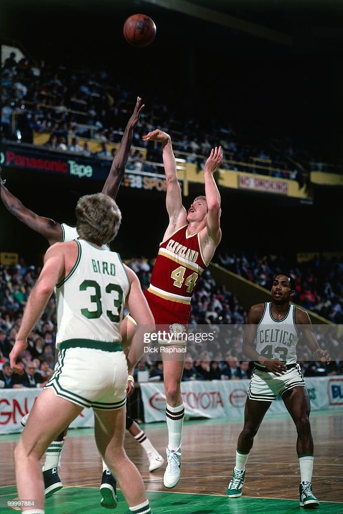 Jeff Cook #44 of the Cleveland Cavaliers shoots against the Boston Celtics during a game played in 1983 at the Boston Garden in Boston, Massachusetts.
