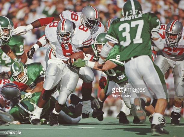 Jeff Cothran Running Back for the Ohio State Buckeyes runs the ball during the NCAA Big 10 Conference college football game against the Michigan...
