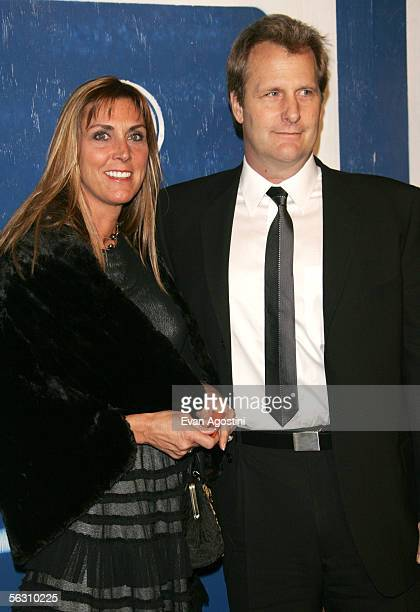 Jeff Daniels and wife Kathleen Daniels attend IFP's 15th Annual Gotham Awards at Chelsea Piers November 30 2005 in New York City