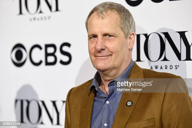 Jeff Daniels attends the 2016 Tony Awards Meet The Nominees Press Junket at Diamond Horseshoe at the Paramount Hotel on May 4 2016 in New York City