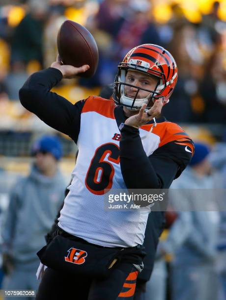 Jeff Driskel of the Cincinnati Bengals warms up before the game against the Pittsburgh Steelers at Heinz Field on December 30, 2018 in Pittsburgh,...