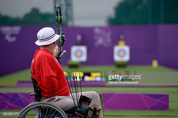 Jeff Fabry of the United States competes in the Men's Individual Compound W1 quarterfinals on day 3 of the London 2012 Paralympic Games at The Royal...