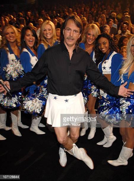Jeff Foxworthy and Dallas Cowboys Cheerleaders *EXCLUSIVE*