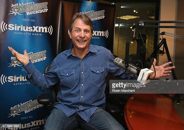 jeff foxworthy images et photos getty images. Black Bedroom Furniture Sets. Home Design Ideas