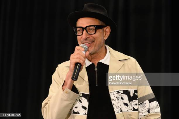 Jeff Goldblum attends Wizard World Comic Con Chicago at Donald E. Stephens Convention Center on August 24, 2019 in Rosemont, Illinois.