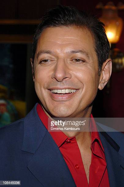 """Jeff Goldblum during """"The Life Aquatic with Steve Zissou"""" New York Premiere - Inside Arrivals at Ziegfeld Theater in New York City, New York, United..."""
