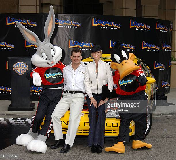 Jeff Gordon and Jenna Elfman during Jeff Gordon and Jenna Elfman Team Up to Unveil a Race Car Pace Car and Spy Car at Warner Bros Studios in Burbank...