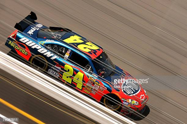 Jeff Gordon, driver of the DuPont Chevrolet, drives during the NASCAR Nextel Cup Series Jim Stewart 400 at Richmond International Raceway on May 6,...