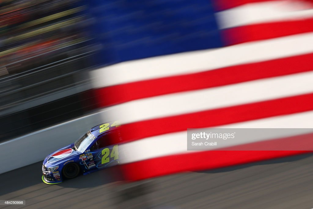 Jeff Gordon, driver of the #24 Pepsi Chevrolet, race during the NASCAR Sprint Cup Series Pure Michigan 400 at Michigan International Speedway on August 16, 2015 in Brooklyn, Michigan.