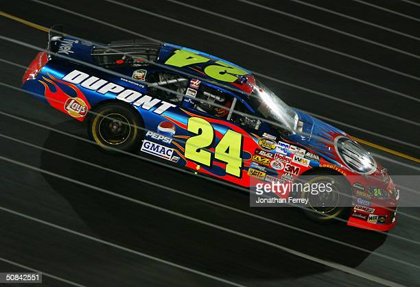 Jeff Gordon drives his Dupont Chevrolet during the NASCAR Nextel Cup Chevy American Revolution 400 on May 15 2004 at Richmond International Raceway...