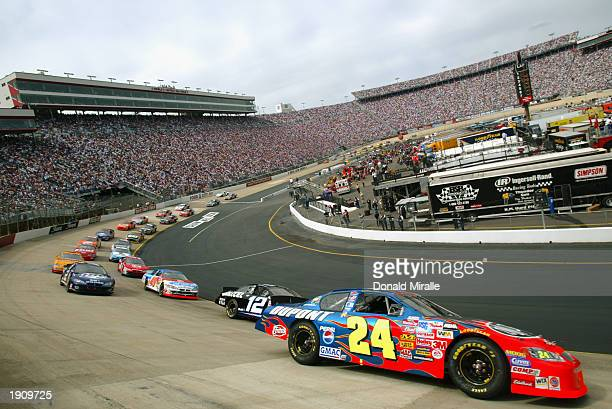 Jeff Gordon drives his Hendrick Racing DuPont Chevrolet during the NASCAR Winston Cup Food City 500 at Bristol Motor Speedway on March 23 2003 in...