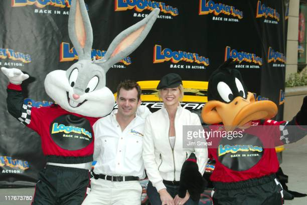 Jeff Gordon Jenna Elfman Looney Tunes during Jeff Gordon and Jenna Elfman Team Up to Unveil a Race Car Pace Car and Spy Car at Warner Bros Studios in...
