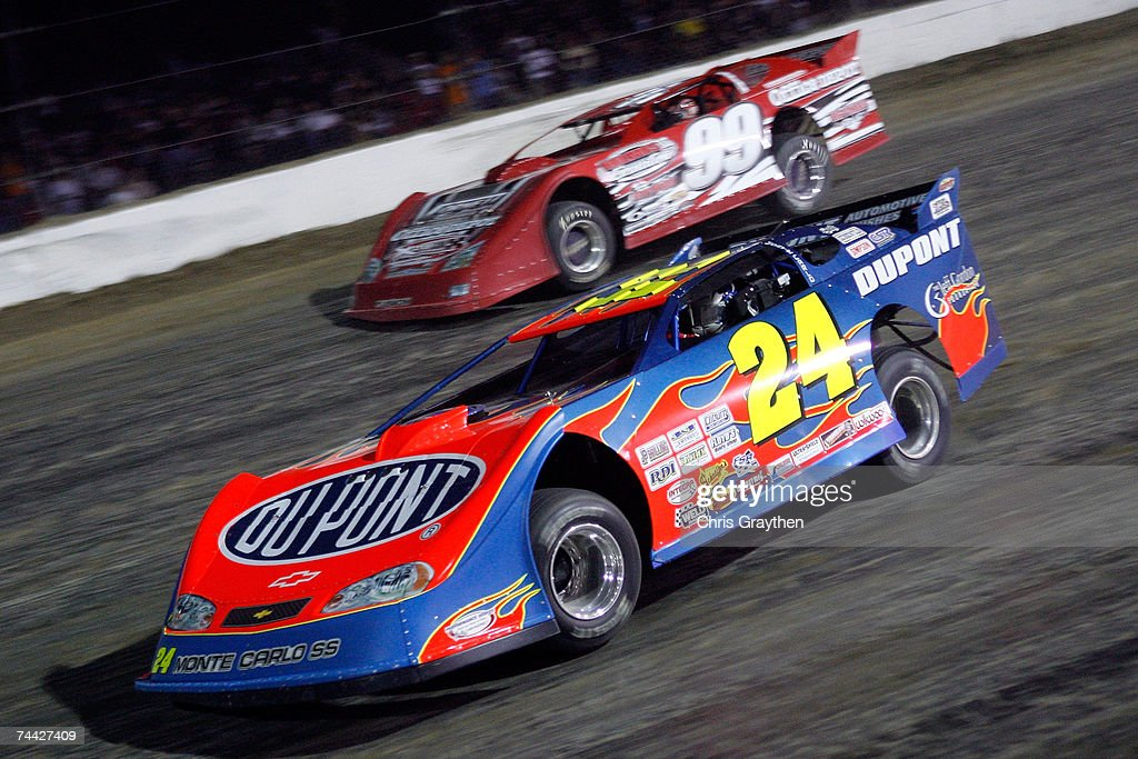 Jeff Gordon #24 leads Carl Edwards #99 during the Nextel Prelude to the Dream on June 6, 2007 at Eldora Speedway in New Weston, Ohio.