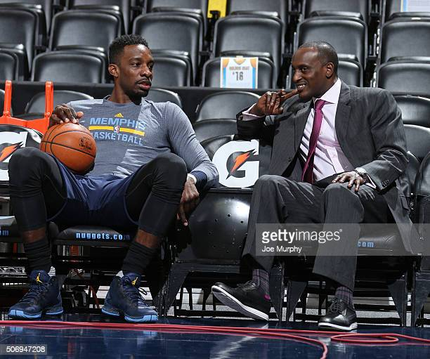 Jeff Green and Brevin Knight of the Memphis Grizzlies talk before the game against the Denver Nuggets on January 21 2016 at the Pepsi Center in...