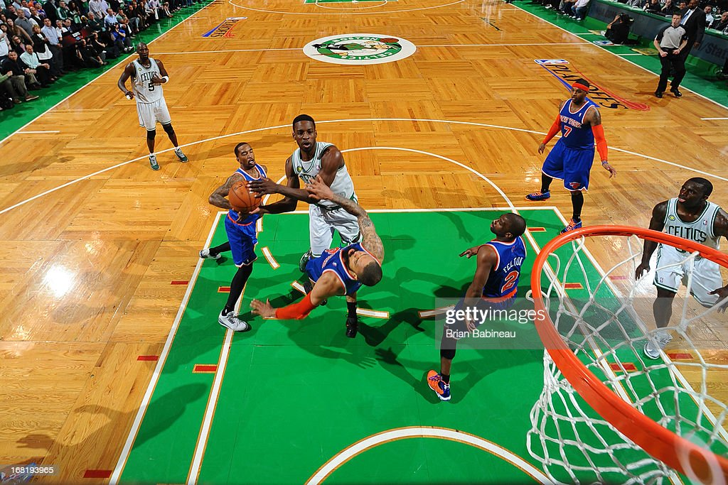 Jeff Green #8 of the Boston Celtics goes to the basket against Tyson Chandler #6 of the New York Knicks in Game Six of the Eastern Conference Quarterfinals during the NBA Playoffs on May 3, 2013 at the TD Garden in Boston, Massachusetts.