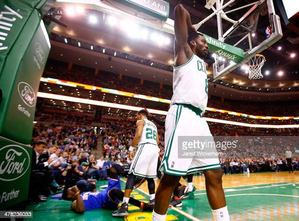 Jeff Green of the Boston Celtics reacts following a foul against Tim Hardaway Jr of the New York Knicks in the second quarter during the game at TD...