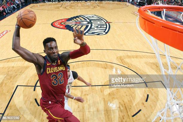 Jeff Green of the Cleveland Cavaliers drives to the basket against the New Orleans Pelicans on October 28 2017 at the Smoothie King Center in New...