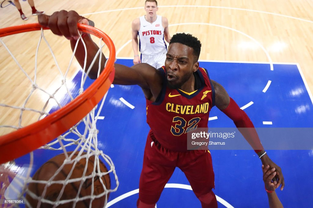 Jeff Green #32 of the Cleveland Cavaliers dunks in front of Henry Ellenson #8 of the Detroit Pistons during the second half at Little Caesars Arena on November 20, 2017 in Detroit, Michigan. Cleveland won the game 116-88.