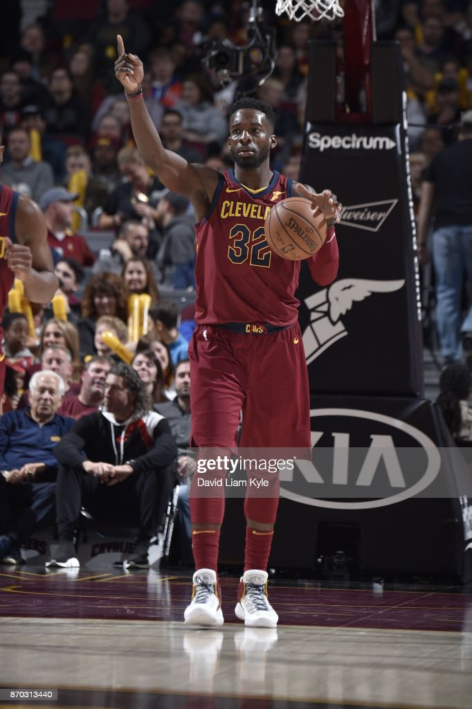 Jeff Green #32 of the Cleveland Cavaliers handles the ball during the game against the Indiana Pacers on November 1, 2017 at Quicken Loans Arena in Cleveland, Ohio.
