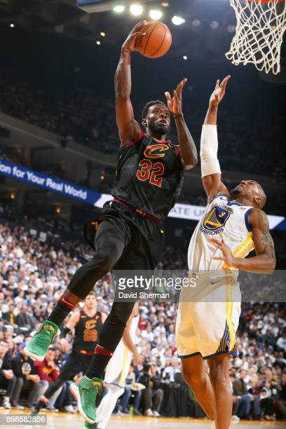 Jeff Green of the Cleveland Cavaliers shoots the ball against the Golden State Warriors on December 25 2017 at ORACLE Arena in Oakland California...