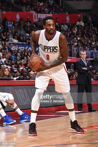 Jeff Green of the Los Angeles Clippers defends the ball against the Oklahoma City Thunder during the game on March 2 2016 at STAPLES Center in Los...