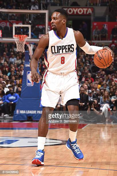 Jeff Green of the Los Angeles Clippers defends the ball against the Cleveland Cavaliers during the game on March 13 2016 at STAPLES Center in Los...