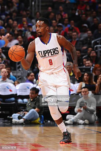 Jeff Green of the Los Angeles Clippers drives to the basket against the Dallas Mavericks during the game on April 10 2016 at STAPLES Center in Los...