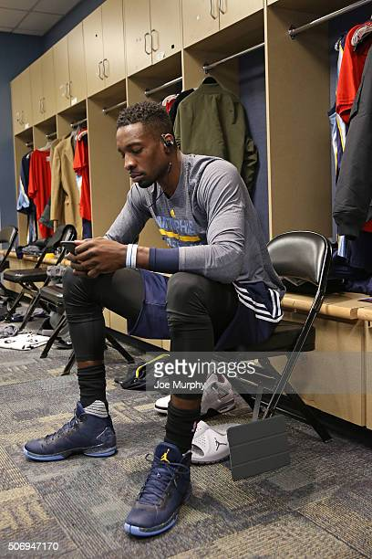 Jeff Green of the Memphis Grizzlies gets ready before the game against the Denver Nuggets on January 21 2016 at the Pepsi Center in Denver Colorado...
