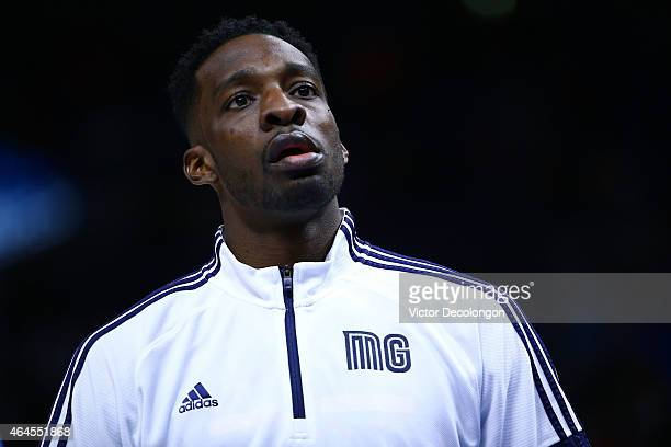 Jeff Green of the Memphis Grizzlies warms up prior to the NBA game against the Los Angeles Clippers at Staples Center on February 23 2015 in Los...