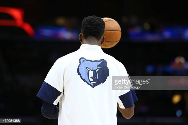 Jeff Green of the Memphis Grizzlies warms up prior to their NBA game against the Los Angeles Clippers at Staples Center on April 11 2015 in Los...