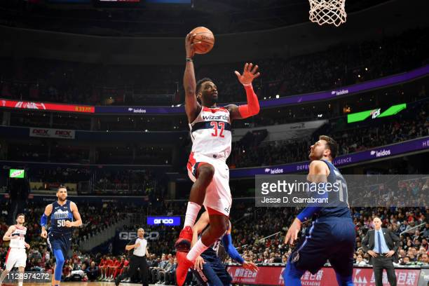Jeff Green of the Washington Wizards goes to the basket against the Dallas Mavericks on March 6 2019 at Capital One Arena in Washington DC NOTE TO...