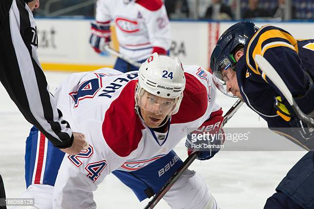 Jeff Halpern of the Montreal Canadiens lines up for the face off during the NHL game against the Buffalo Sabres at First Niagara Center on April 11...