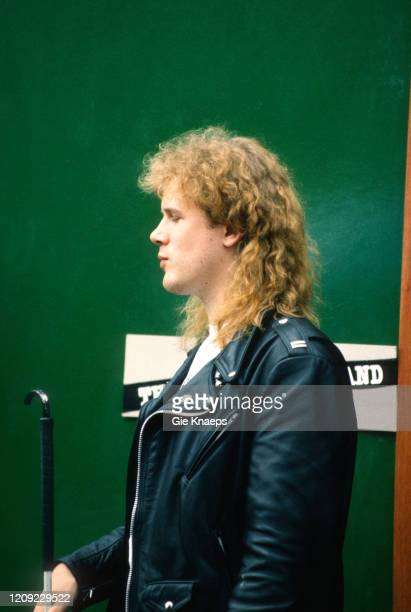 Jeff Healey, backstage, Torhout/Werchter Festival, Werchter, Belgium, 8 July 1990.