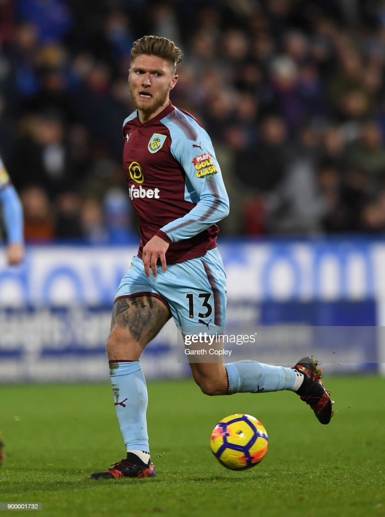 Jeff Hendrick of Burnley during the Premier League match between Huddersfield Town and Burnley at John Smith's Stadium on December 30, 2017 in Huddersfield, England.