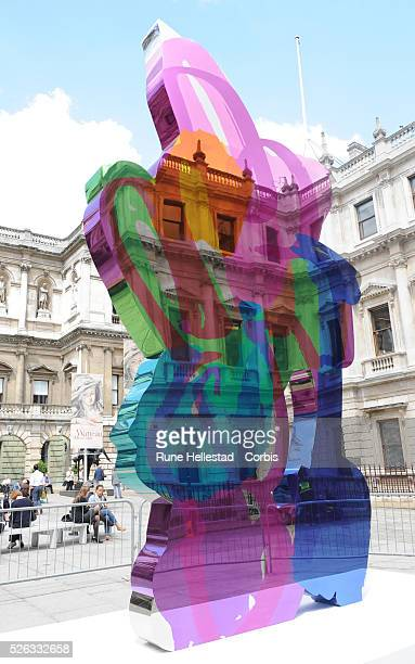 Jeff Koons Artwork Stock Photos and Pictures | Getty Images