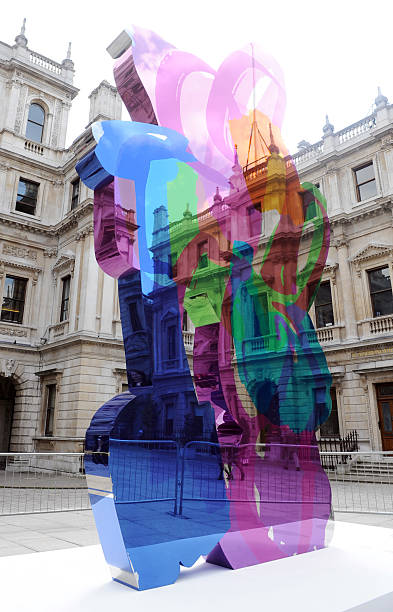 UK- \'Jeff Koons artwork\' in London Pictures | Getty Images