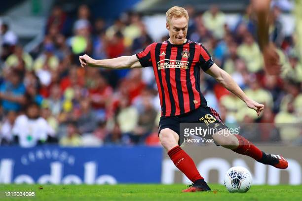Jeff Larentowicz of Atlanta United kicks the ball during a quarter final first leg match between Club America and Atlanta United as part of CONCACAF...