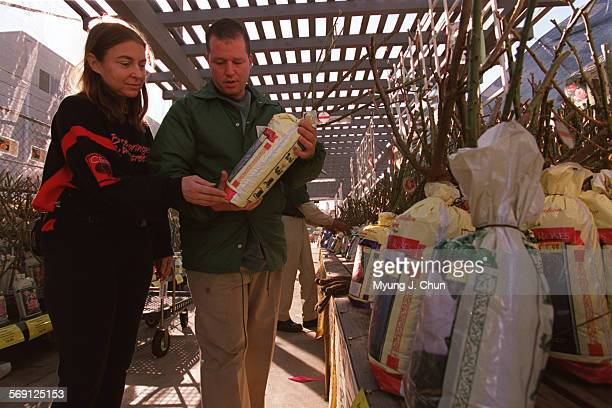 Jeff Lieberman Manager Of The Armstrong Garden Centers In Sherman News Photo Getty Images