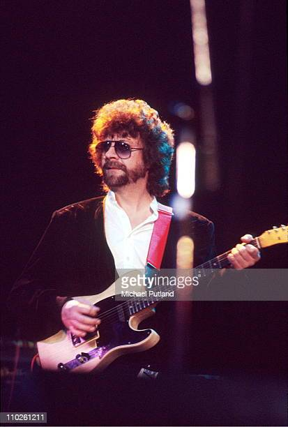 Jeff Lynne of Electric Light Orchestra, ELO, performs on stage, UK, circa 1981.