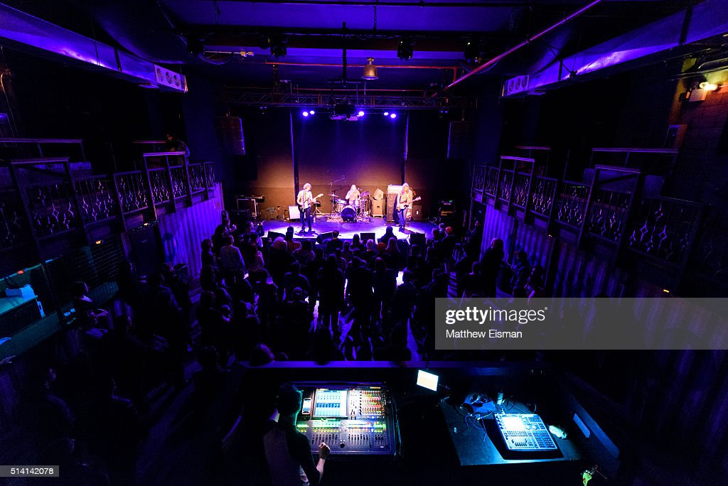 Dead Stars In Concert : News Photo