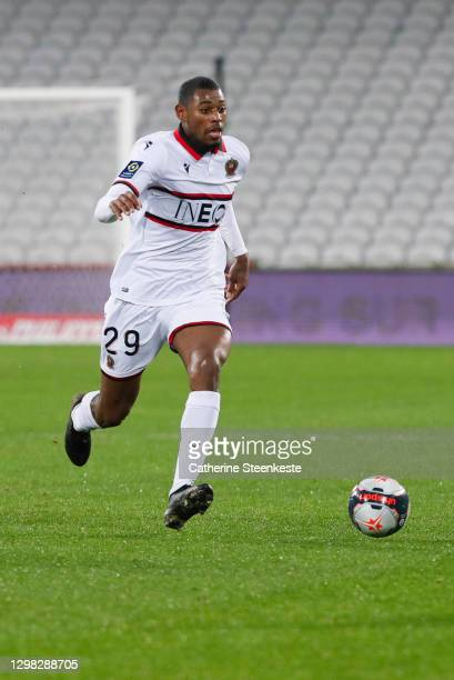 Jeff Reine Adelaide of OGC Nice controls the ball during the Ligue 1 match between RC Lens and OGC Nice at Stade Bollaert-Delelis on January 23, 2021...