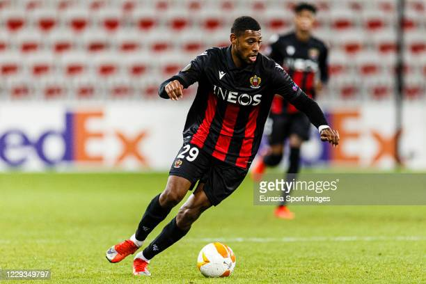 Jeff Reine-Adelaide of OGC Nice runs with the ball during the UEFA Europa League Group C stage match between OGC Nice and Hapoel Be'er Sheva at...
