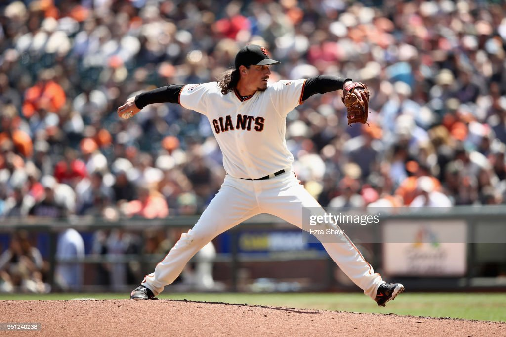 Jeff Samardzija #29 of the San Francisco Giants pitches against the Washington Nationals in the fourth inning at AT&T Park on April 25, 2018 in San Francisco, California.