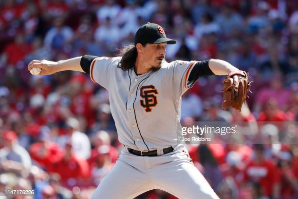 Jeff Samardzija of the San Francisco Giants pitches in the first inning against the Cincinnati Reds at Great American Ball Park on May 5 2019 in...