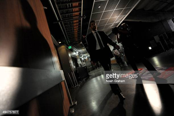 Jeff Schultz of the Los Angeles Kings arrives prior to the game against the Chicago Blackhawks in Game Six of the Western Conference Final during the...