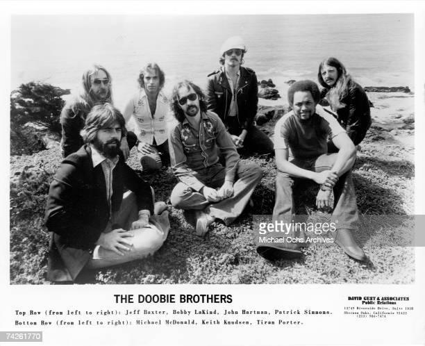 Jeff Skunk Baxter Bobby LaKind John Hartman Patrick Simmons Michael McDonald Keith Knudsen and Tiran Porter of the rock and roll band The Doobie...