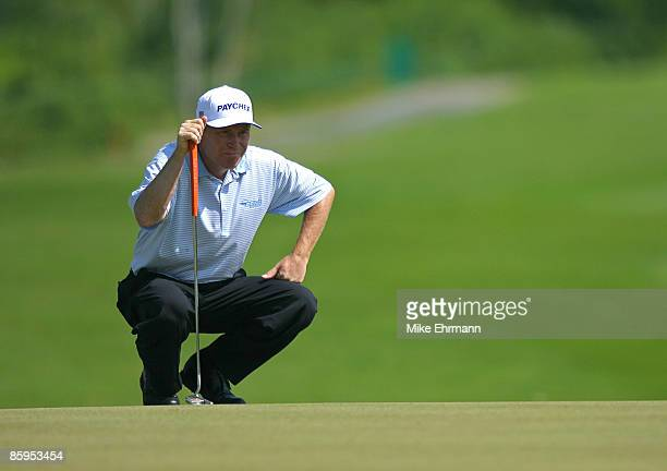 Jeff Sluman lines up a putt on the 17th hole during the second round of the Mayakoba Golf Classic at El Camaleon at Mayakoba in Playa Del Carmen,...